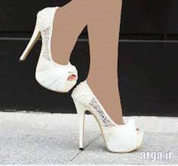کفش پاشنه بلند نامزدی