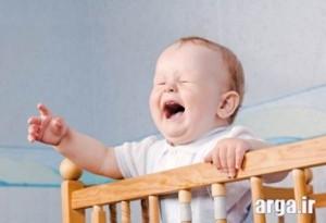 دلایل گریه کودک