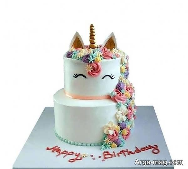 تزیین کیک تولد با طرح قشنگ
