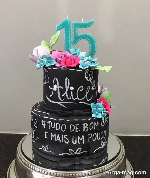 تزیینات تماشایی کیک تولد دو طبقه