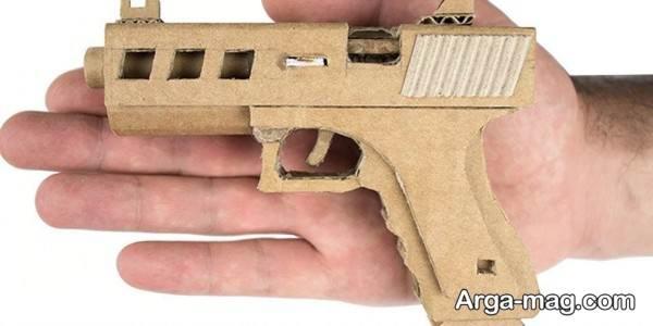 اسلحه مقوایی
