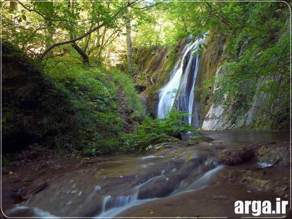 یک آبشار دیگر در طبیعت