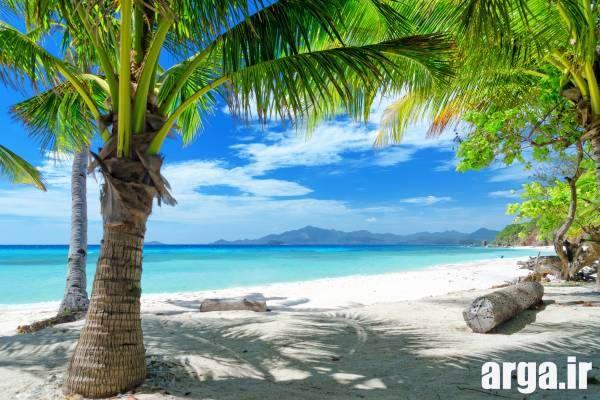 یک ساحل دل چسب طبیعی