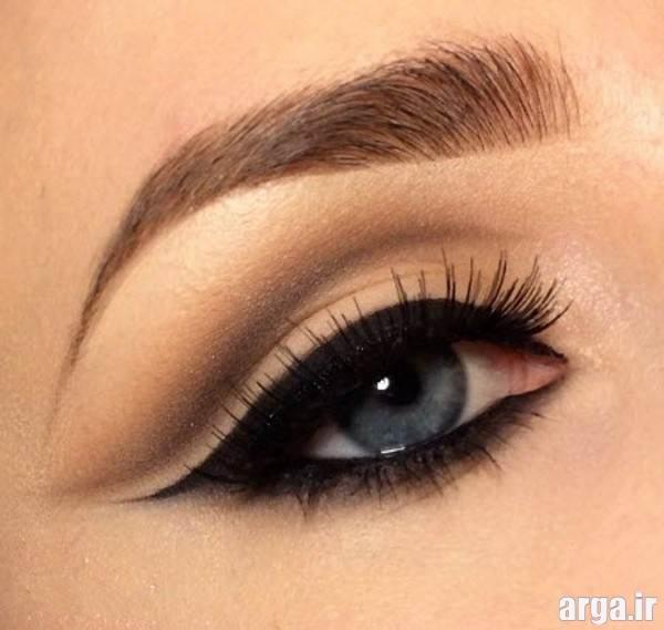 آرایش چشم ساده و شیک با خط چشم