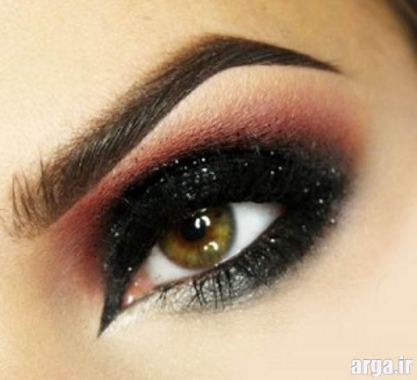 آرایش چشم زیبا با سایه دودی و براق