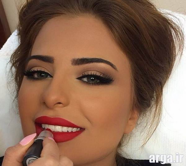 مدل آرایش زیبای صورت گرد