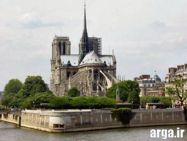 تصویری دیگر از کلیسای نتردام در پاریس