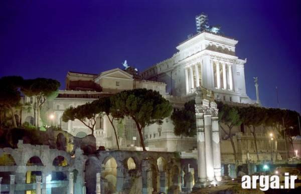 بنایی زیبا در رم