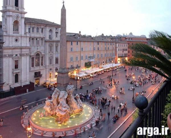میدانی در رم