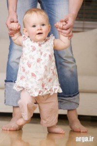 زمان راه رفتن کودک