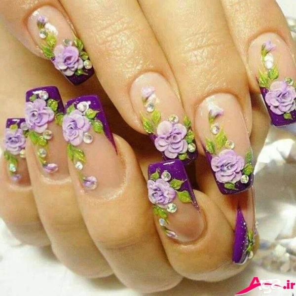 طرح ناخن عروس به شکل گل های بنفش