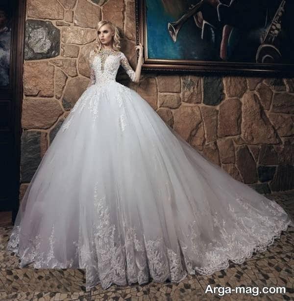 لباس عروس آستین دار با طرحی شیک