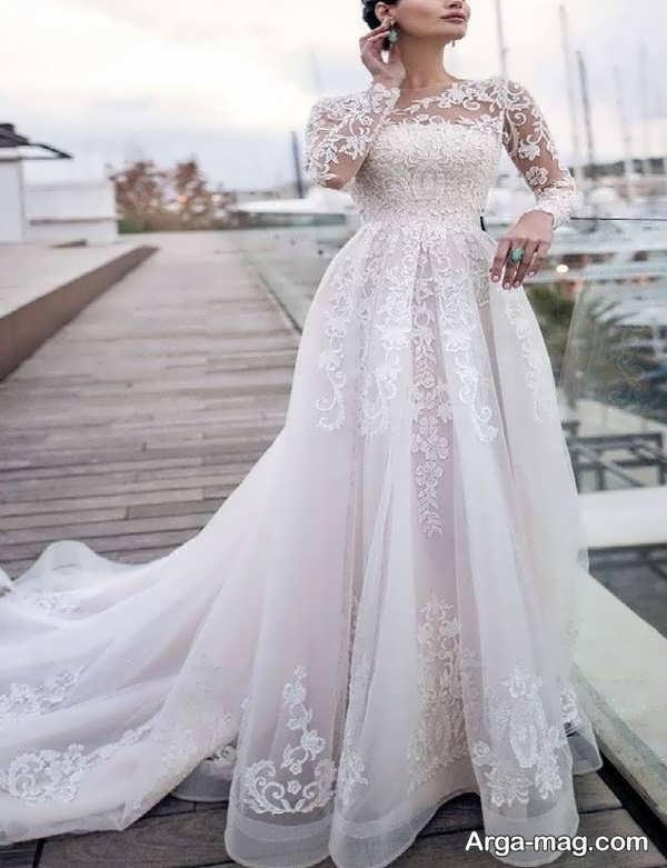 لباس عروس آستین دار با طرحی دوست داشتنی
