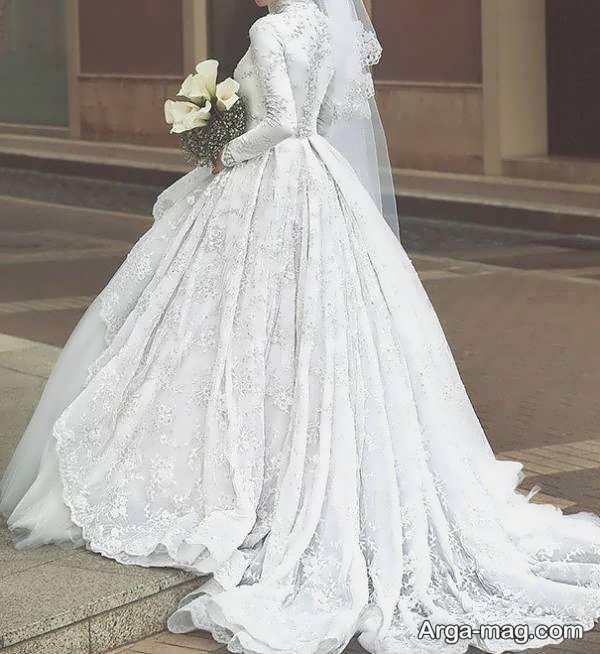 لباس عروس آستین دار با طرحی فوق العاده
