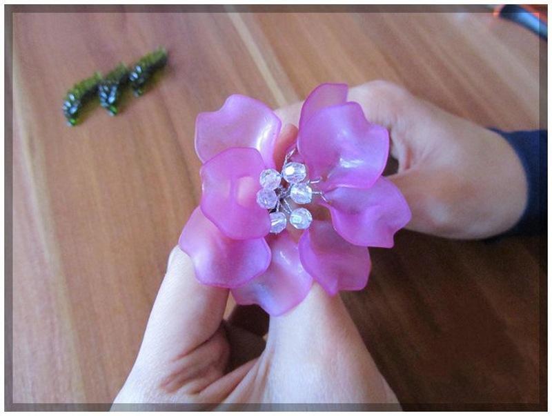 آموزش گلسازی با مهره های کریستال آموزش گلهای کریستالی بـه صورت مرحله بـه مرحله و  تصویری