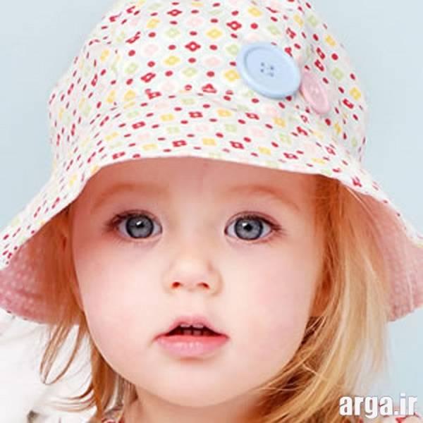 دختر بچه با کلاه زیبا