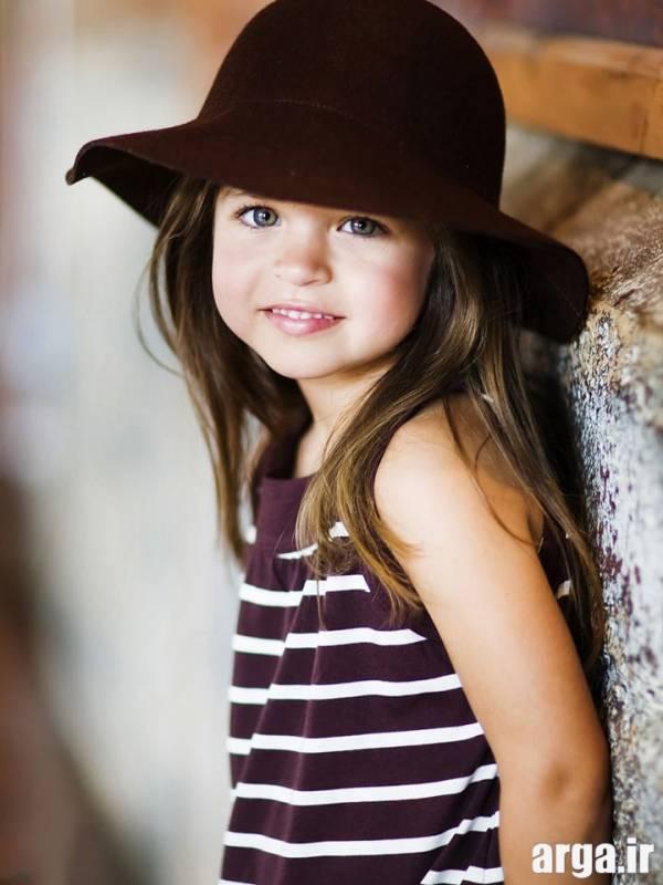 دختر بچه زیبا