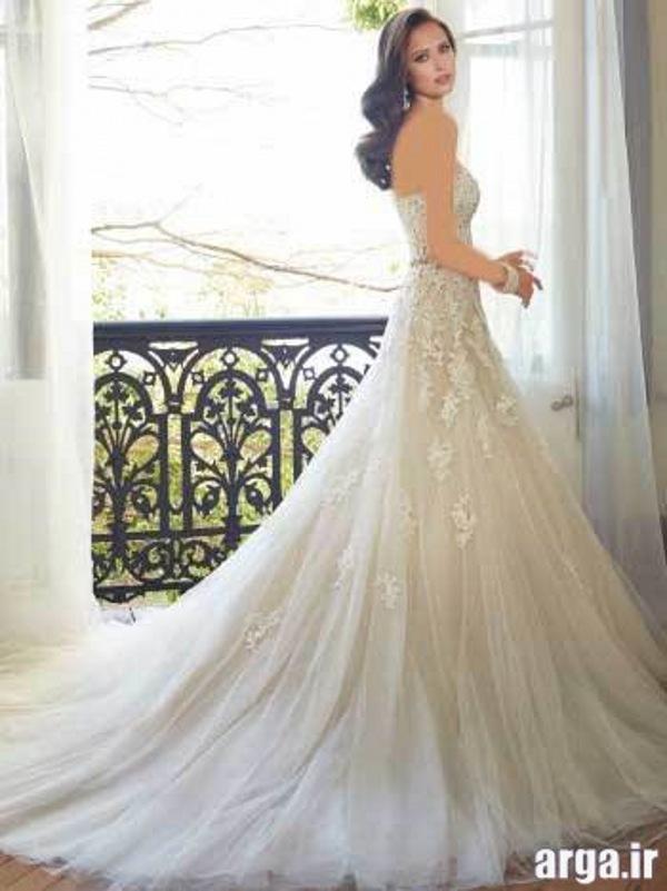 لباس های دنباله دار زیبا عروس