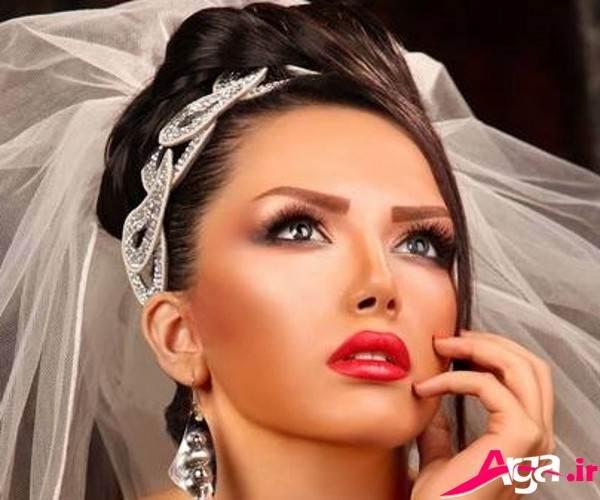 آرایش عروس با رز لب قرمز