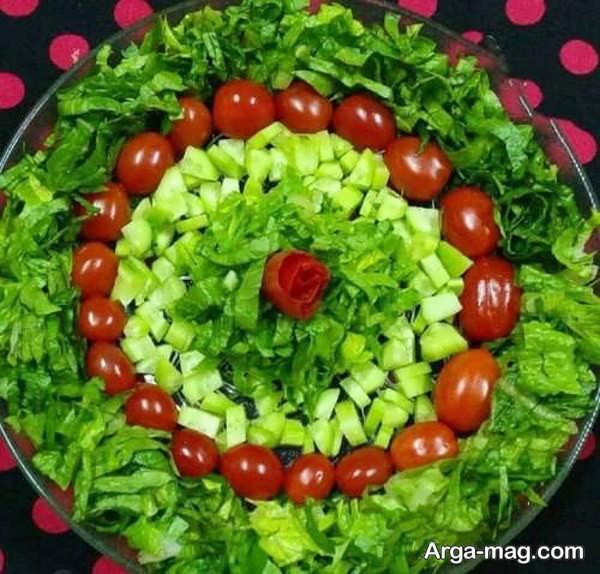 تزیینات سالاد کاهو با گوجه و خیار