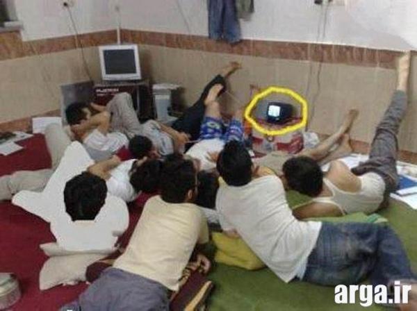 خوابگاه پسران در عکس خنده دار