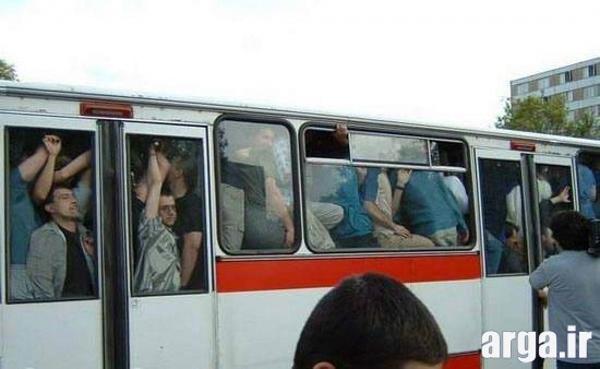اتوبوس شلوغ در عکس خنده دار