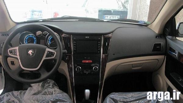 عکس نهم از داخل ماشین دنا