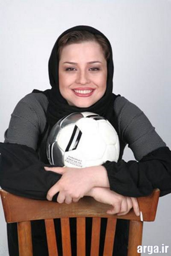 شریفی نیا و توپ فوتبال