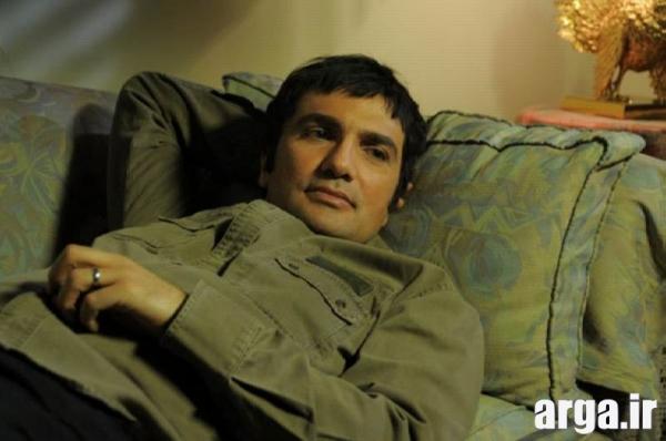 محمد رضا فروتن در حال استراحت
