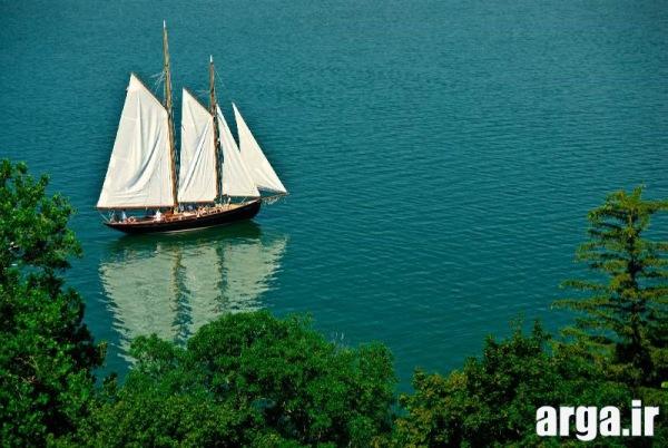 قایقی زیبا در تصاویر طبیعت