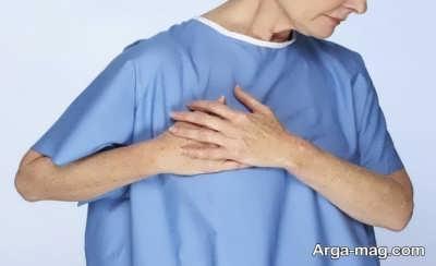 بروز ناراحتی در قسمت راست قفسه سینه