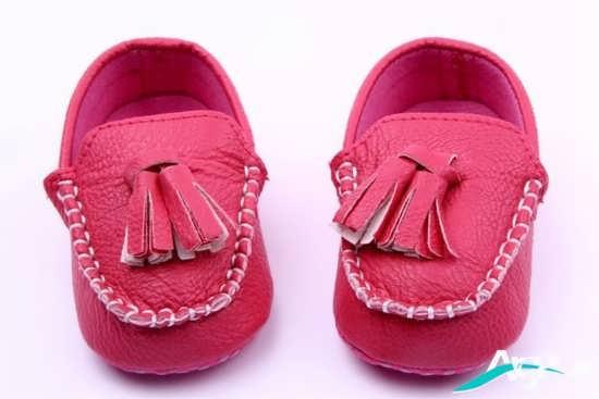 مدل کفش دخترانه با رنگ صورتی
