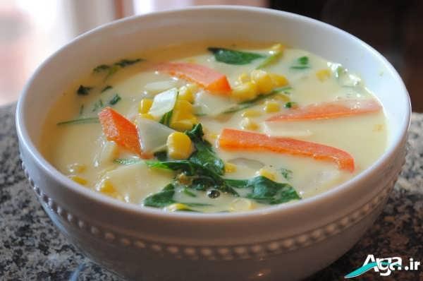 تزیین سوپ با هویج و سبزی