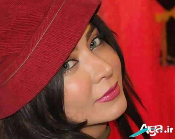 فقیهه سلطانی و کلاه قرمز