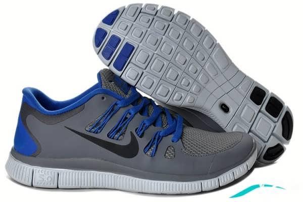 کفش اسپرت به رنگ خاکستری تیره