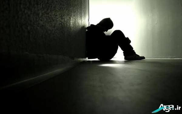 عکس غمگین پسر تنها