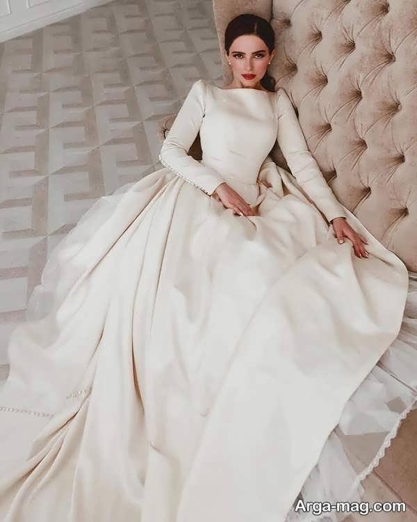 لباس عروس معمولی متفاوت