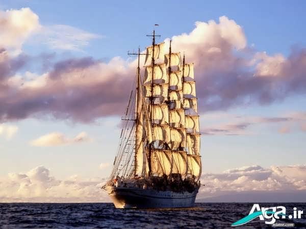کشتی بسیار زیبا