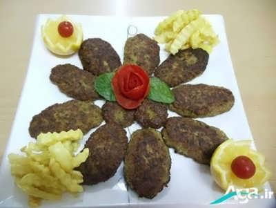 کتلت گوشت به شکل بیضی