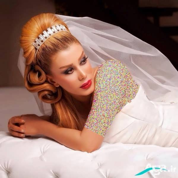 آرایش موی عروس همراه با رنگ روشن موی عروس