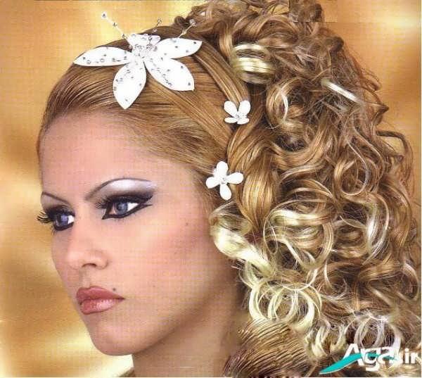 آرایش موی فر رنگ روشن