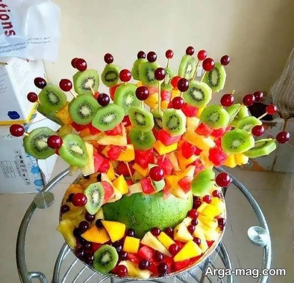 دیزاین جذاب میوه با سیخ چوبی