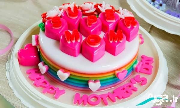 کیک با لایه های ژله ای