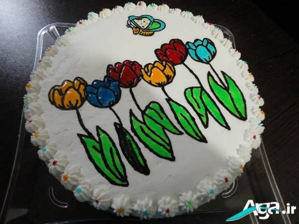 تزیین کیک به شکل گل وپروانه