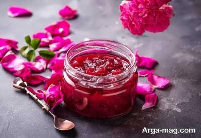 آموزش تهیه مربای گل محمدی خشک