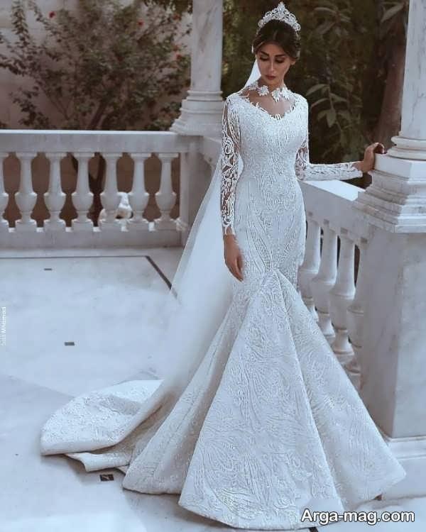 مدلی از پیراهن عروس دانتل