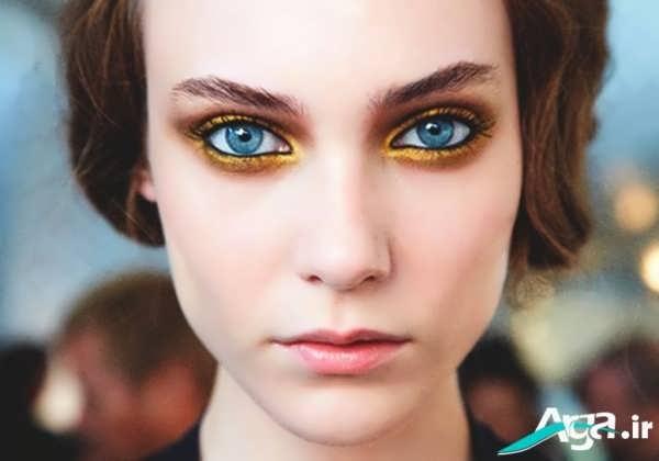 آرایش چشم با سایه طلایی