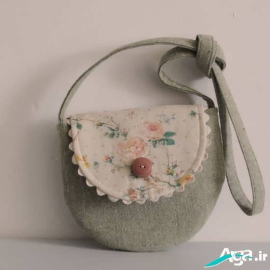 کیف پارچه ای با رنگ روشن