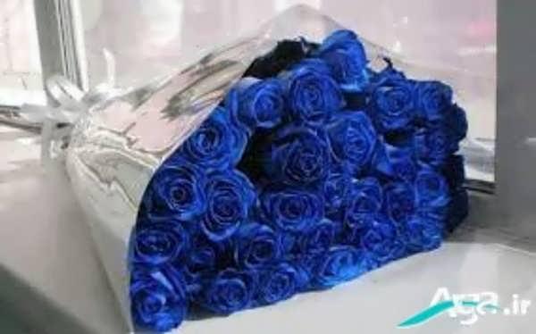 دسته گل رز آبی
