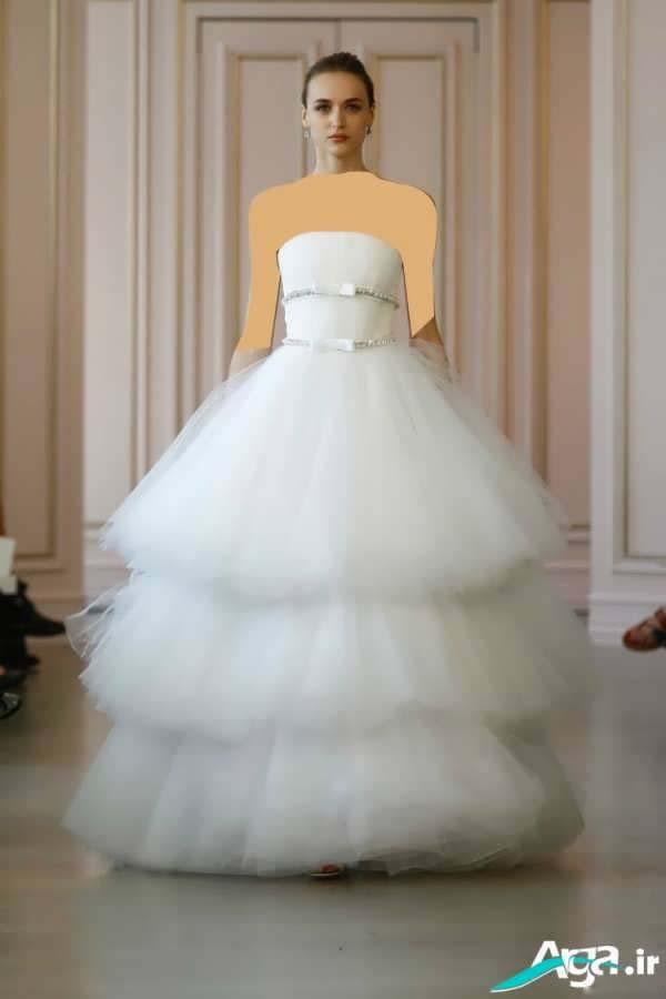لباس عروس دکلته طبقه ای